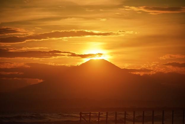 ダイヤモンド富士@湘南・鵠沼海岸 #湘南 #藤沢 #海 #波 #wave #surfing #sea #fujisan #mtfuji #富士山