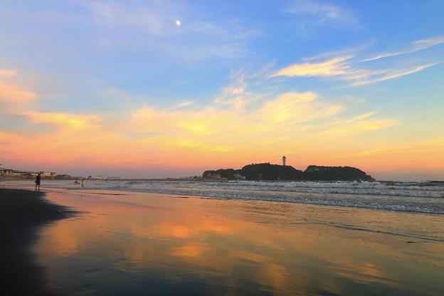 日没後の江ノ島 #湘南 #藤沢 #海 #波 #wave #surfing #sea