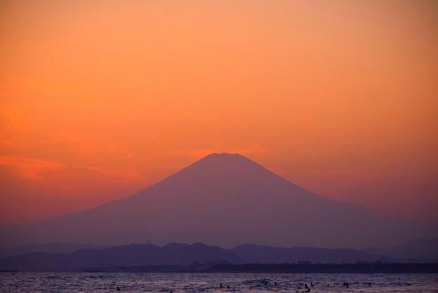 日没後の富士山@湘南・鵠沼海岸 #湘南 #海 #波 #wave #surfing #サーフィン #sea #mtfuji #fujisan #富士山