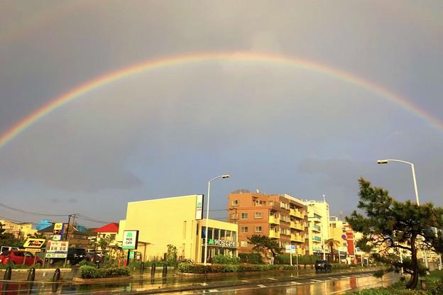 湘南・鵠沼海岸に現れた虹 #湘南 #sky #海 #波 #wave #surfing #sea #mysky #虹 #rainbow