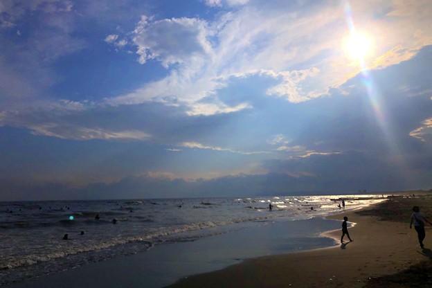 雲中の夕日@湘南・鵠沼海岸 #湘南 #藤沢 #海 #波 #wave #surfing #sea #サーフィン