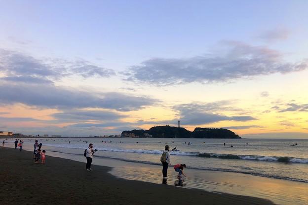 Photos: 夕闇迫る江ノ島 #湘南 #藤沢 #海 #波 #wave #surfing #sea