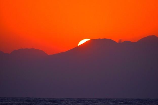 日没を迎える湘南・鵠沼海岸 #湘南 #藤沢 #海 #波 #wave #surfing #sea #mysky #サーフィン