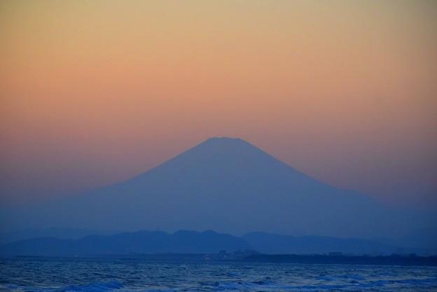 日没後の富士山@湘南・鵠沼海岸 #湘南 #藤沢 #海 #波 #wave #surfing #sea #fujisan #mtfuji #富士山