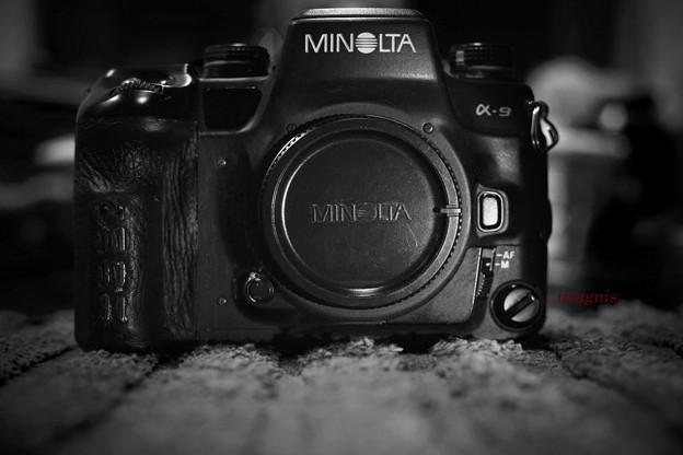 MINOLTA α-9 restore1