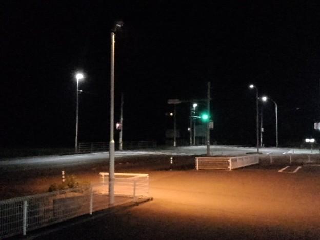 夜中のコンビニ駐車場(8月18日)