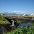 Photos: 田園地帯を流れる川の橋(10月2日)