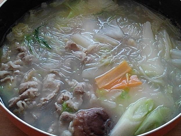 Photos: 豚肉と野菜と春雨の鍋料理(11月9日)