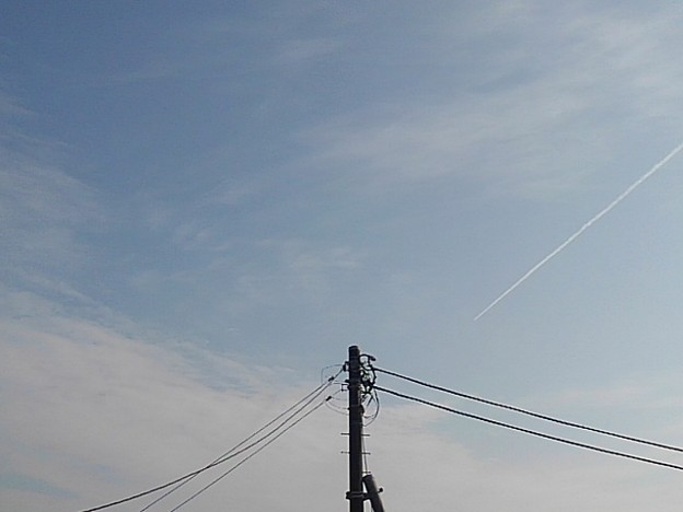 電柱の上の空(11月19日)