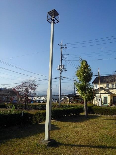 小さな公園の街灯(11月15日)