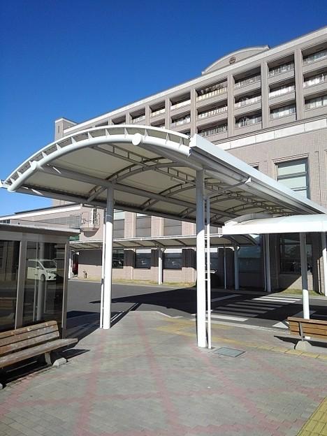 済生会病院の入り口(12月4日)