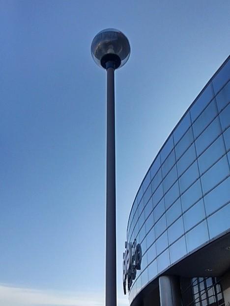 街灯とガラス張り(12月6日)