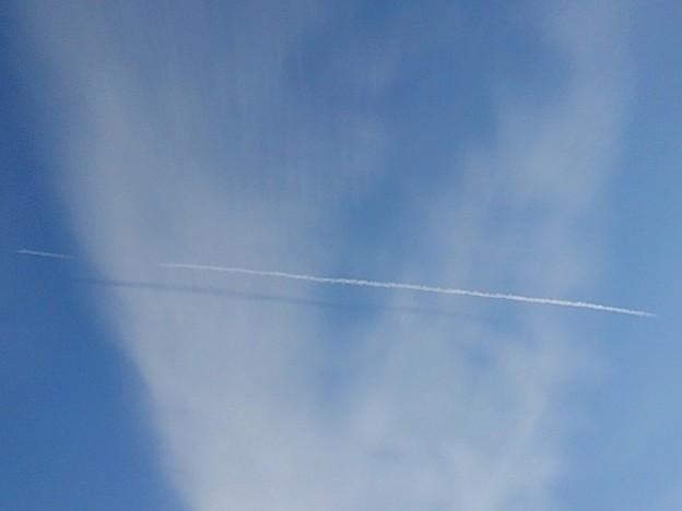 飛行機雲の跡(12月27日)