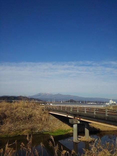 Photos: 山と橋(1月7日)