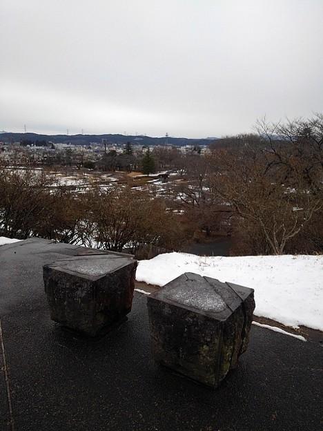 長峰公園の丘のベンチメインの景色(1月24日) (1)