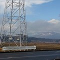 Photos: 山と鉄塔の景色(2月2日)