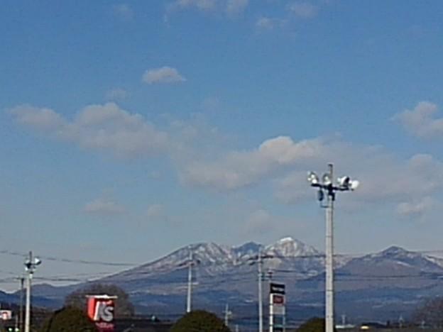 ヨークベニマル矢板店から見えた高原山(2月4日)