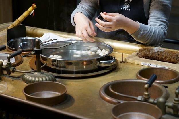 富岡製糸場 操糸作業の再現