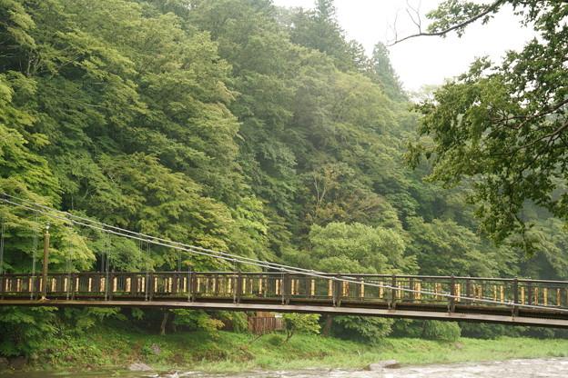 紅の吊り橋