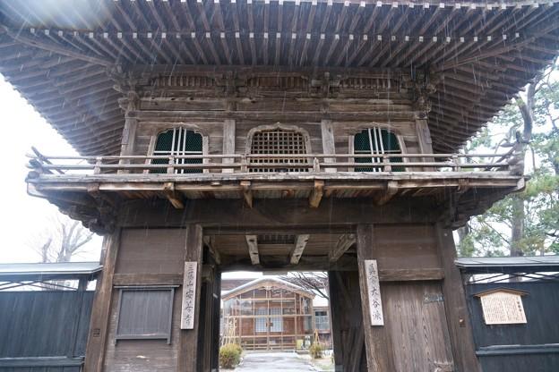 安善寺の楼門