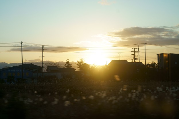 Photos: 朝日 車窓より