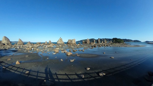 串本 橋杭岩