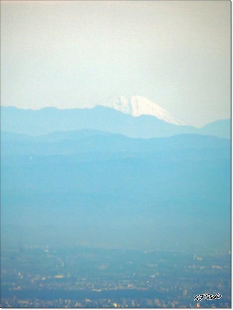 Photos: かすかに見えた富士山