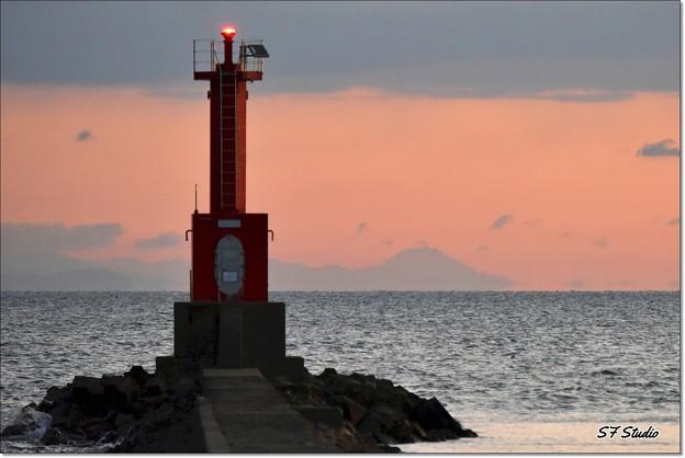遠望「夜明けの富士山」