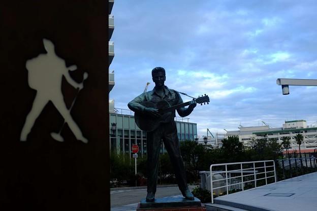 写真: 俺は神戸のプレスリー