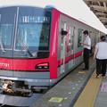 写真: 東武70000系 71701F [東武 五反野駅]