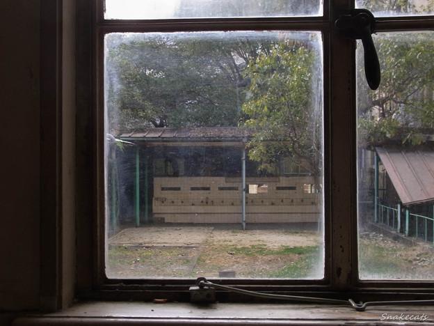 「窓」 - 元・立誠小学校 京都 -