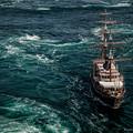 Photos: 帆船で渦潮クルージング