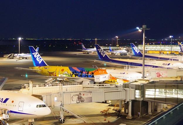 夜の羽田空港 2