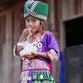 モン族の少女