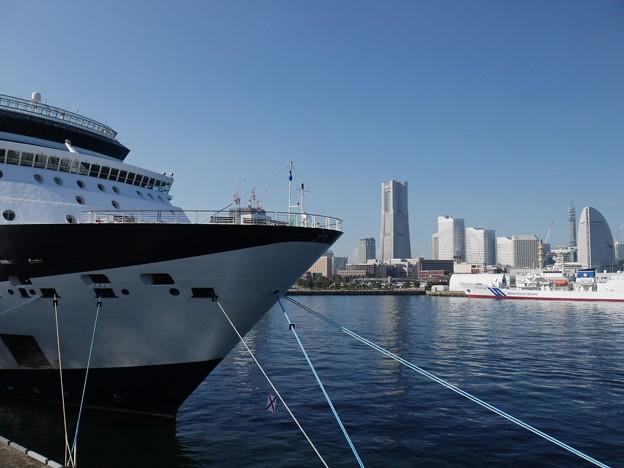 豪華客船の横浜