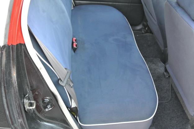 右後部座席 (2)