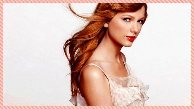 Beautiful Blue Eyes of Taylor Swift(10647)
