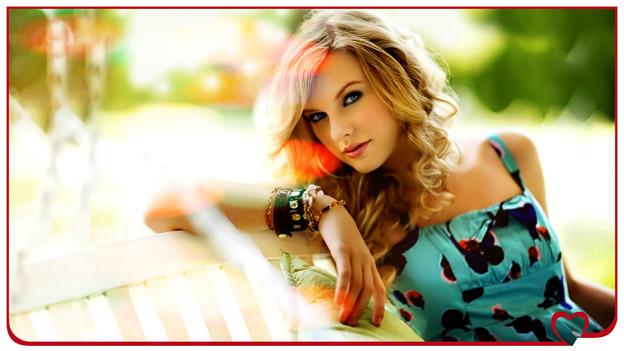 Beautiful Blue Eyes of Taylor Swift(10657)