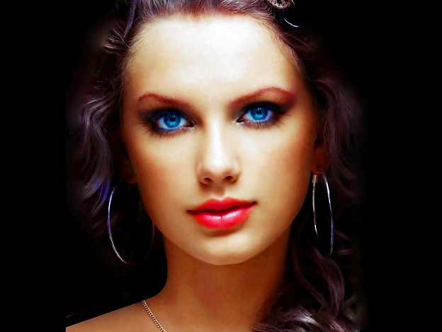 Beautiful Blue Eyes of Taylor Swift (10755)