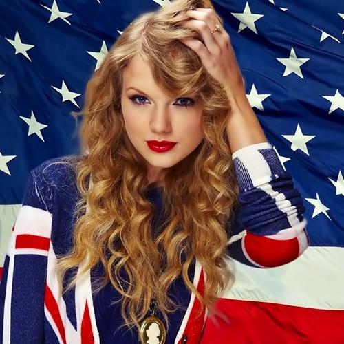 Beautiful Blue Eyes of Taylor Swift (10772)