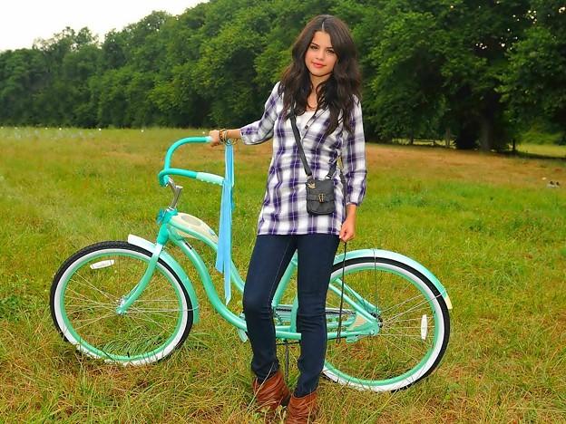 Beautiful Selena Gomez(9005795)