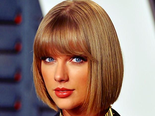 Photos: Beautiful Blue Eyes of Taylor Swift (10837)