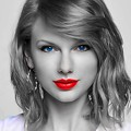 Beautiful Blue Eyes of Taylor Swift (10838)