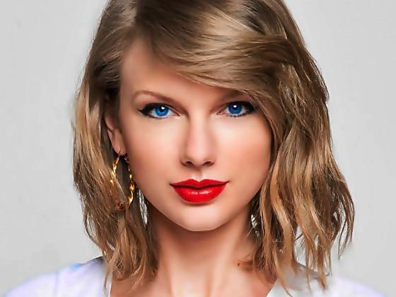 Beautiful Blue Eyes of Taylor Swift (10839)
