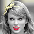 Beautiful Blue Eyes of Taylor Swift (10846)