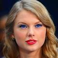 Photos: Beautiful Blue Eyes of Taylor Swift (10858)