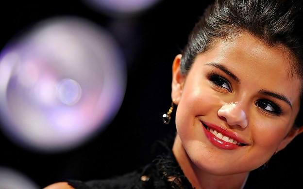 Beautiful Selena Gomez(9005873)