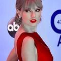 Photos: Beautiful Blue Eyes of Taylor Swift (11018)
