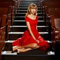 Beautiful Blue Eyes of Taylor Swift (11051)