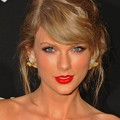 Photos: Beautiful Blue Eyes of Taylor Swift (11070)